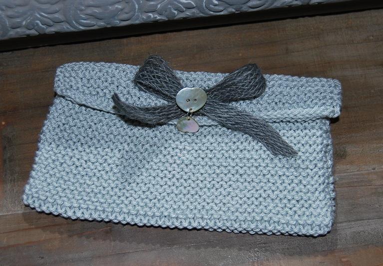 trousse laine bleu gris