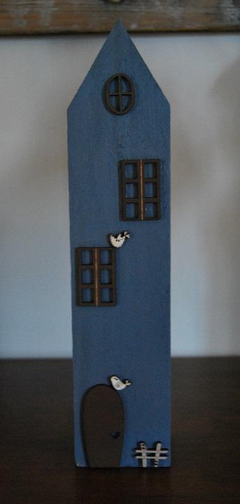 maison bleu deco marron grande