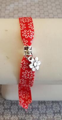 "Bracelet rouge ""Fleur"""