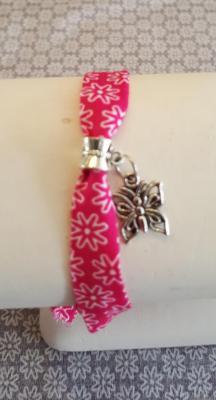 """Bracelet rose fushia """"papillon"""""""